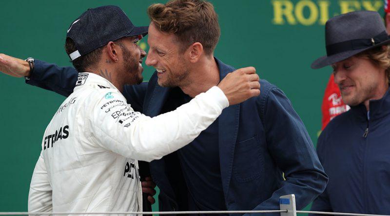 Button backs Hamilton