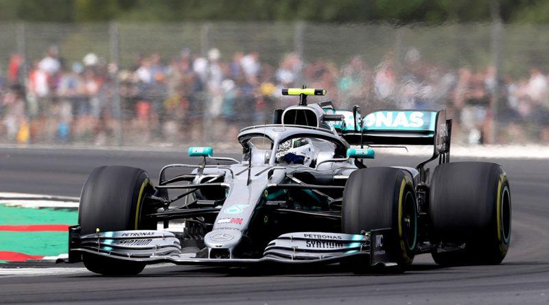 Bottas takes pole in Silverstone