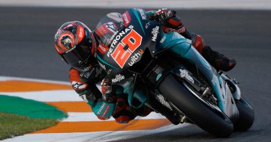 Valencia MotoGP Qualifying Wrap: Quartararo Stands Tall Amid Crash Fest