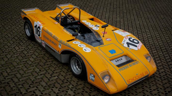 Lola T 210